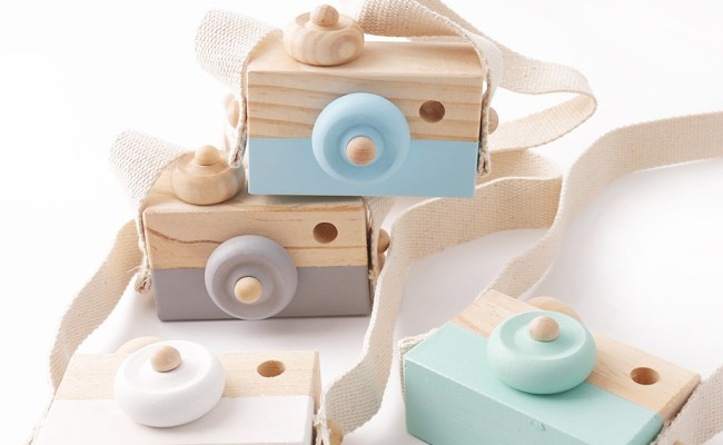 Let S Make 1pc Baby Wooden Toy Camera Fashion Pendant Baby