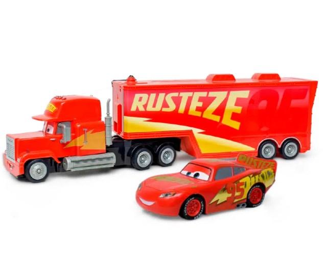 349482ca6f1 Kit Com Caminhao Mack De Friccao E Relampago Mcqueen Roda Livre Toyng Toyng  Toymania