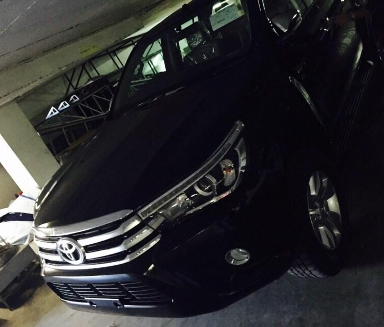 2016 Toyota Hilux Revo black front side