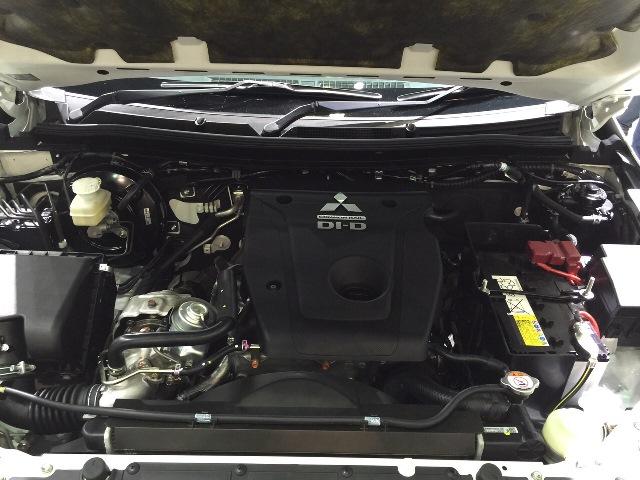 2015-Mitsubishi-L200-Triton-engine