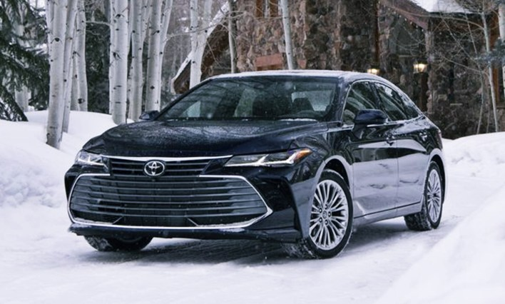 2022 Toyota Avalon XLE