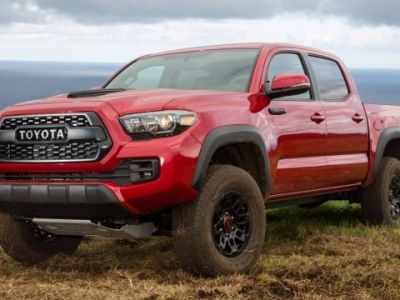 2018 Toyota Tacoma Diesel front