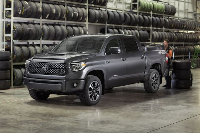 2018 Toyota Tacoma TRD Sport side