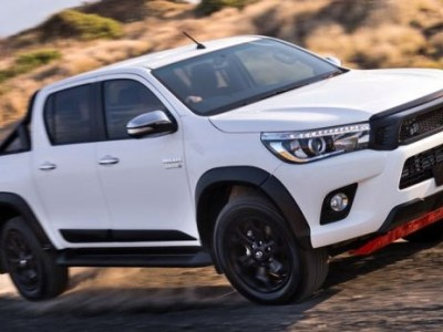 2019 Toyota Hilux front