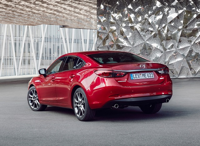 2018 Mazda 6 Turbo rear view