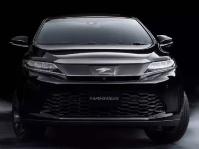 2018 Toyota Harrier front view