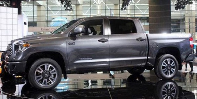 2020 Toyota Tundra Diesel side view