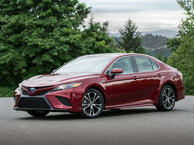 2021 toyota camry side view