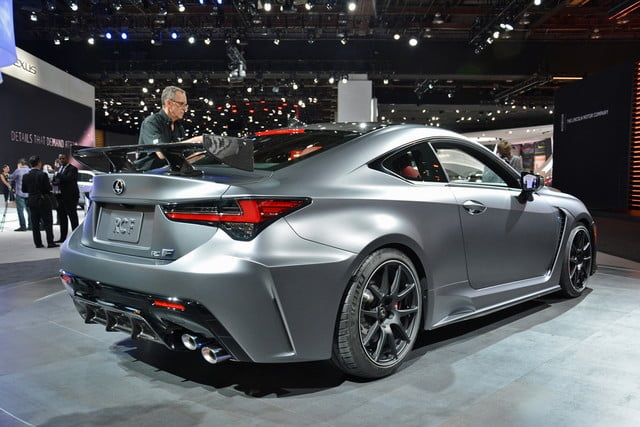 2020-Lexus-RC-F-track-edition-rear-view