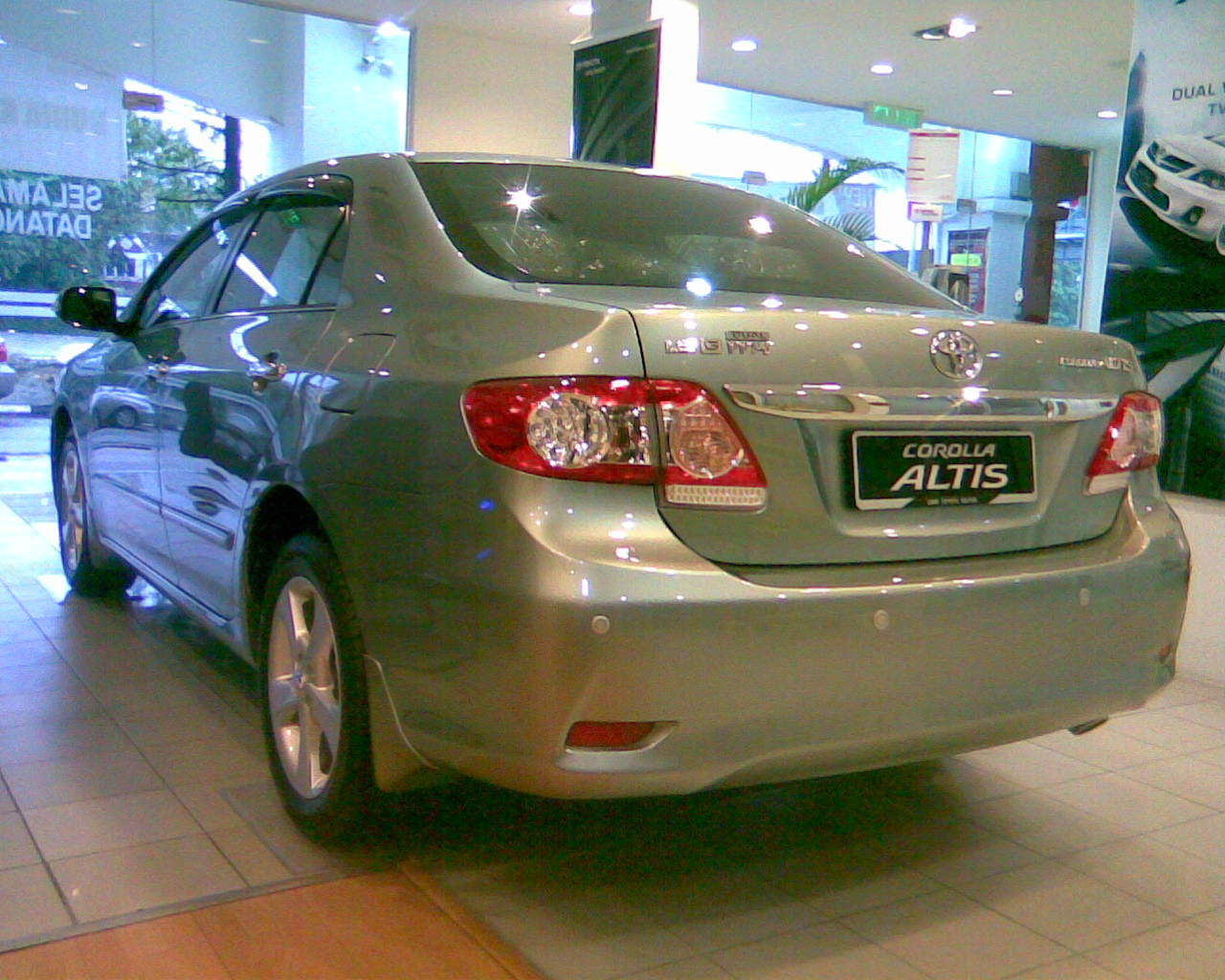 brand new toyota altis price grand avanza veloz 1.5 a/t 2012 1 6 8 and 2 dual vvt i