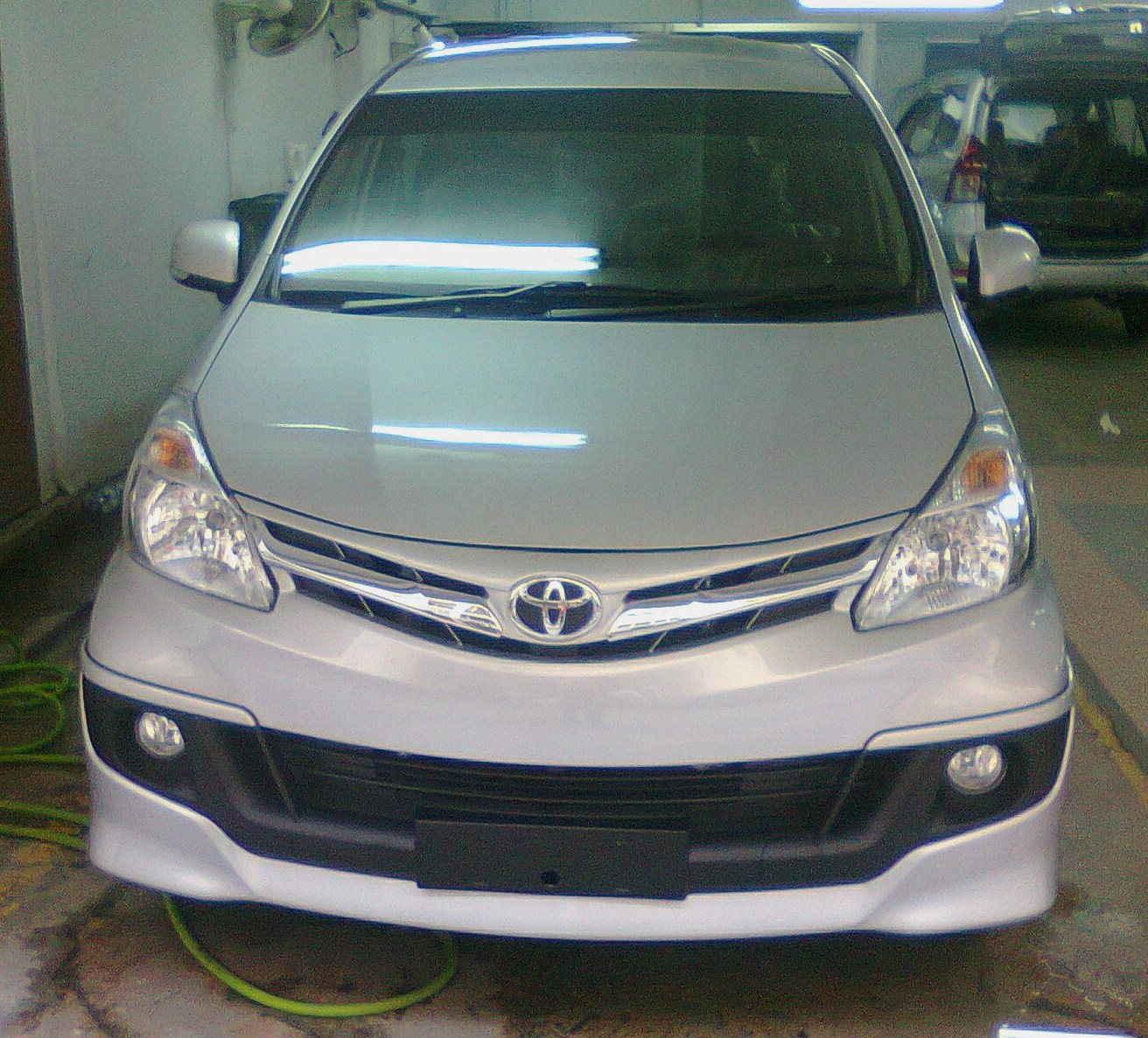 grand new avanza silver metallic e mt 2013 brand toyota 1 3 and 5 vvt i toyotanewcars