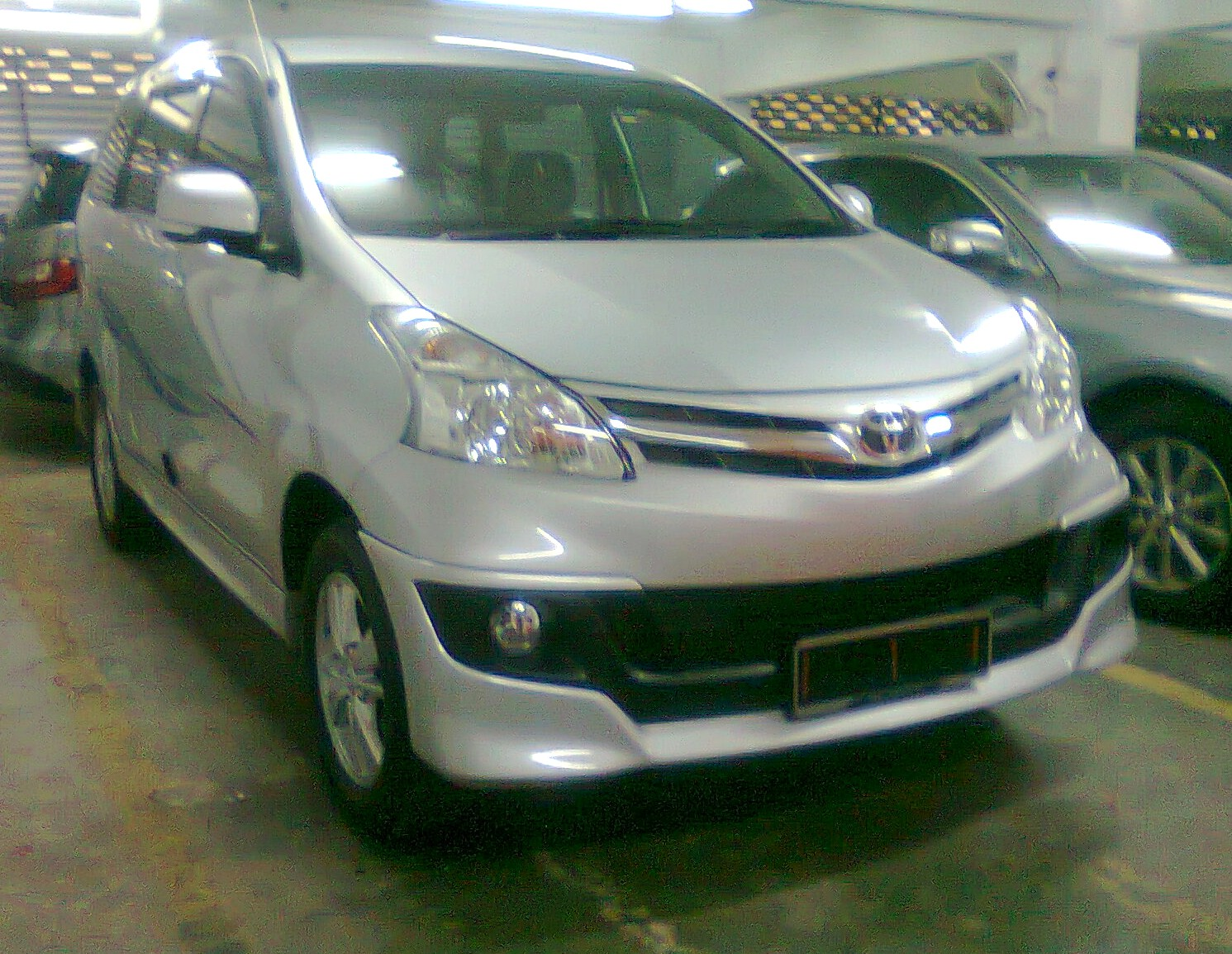 grand new avanza silver metallic vs ertiga 2013 brand toyota 1 3 and 5 vvt i toyotanewcars