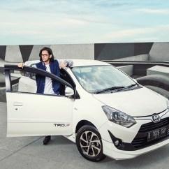 New Agya Trd S 2018 Toyota Yaris Vs Honda Jazz Rs 82 Nasmoco Semarang Harga