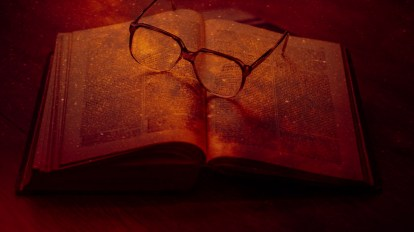 book glass libro gafas occhiali red rojo rosso
