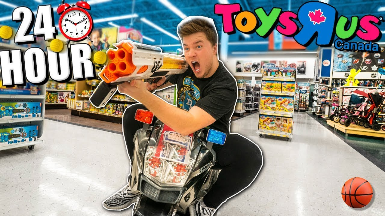 24 HOUR TOYS R US BOX FORT Ultimate Toys R Us Fort With Cars Toys More Part 2 - 24 HOUR TOYS R US BOX FORT! Ultimate Toys R Us Fort With Cars, Toys & More! (Part 2)