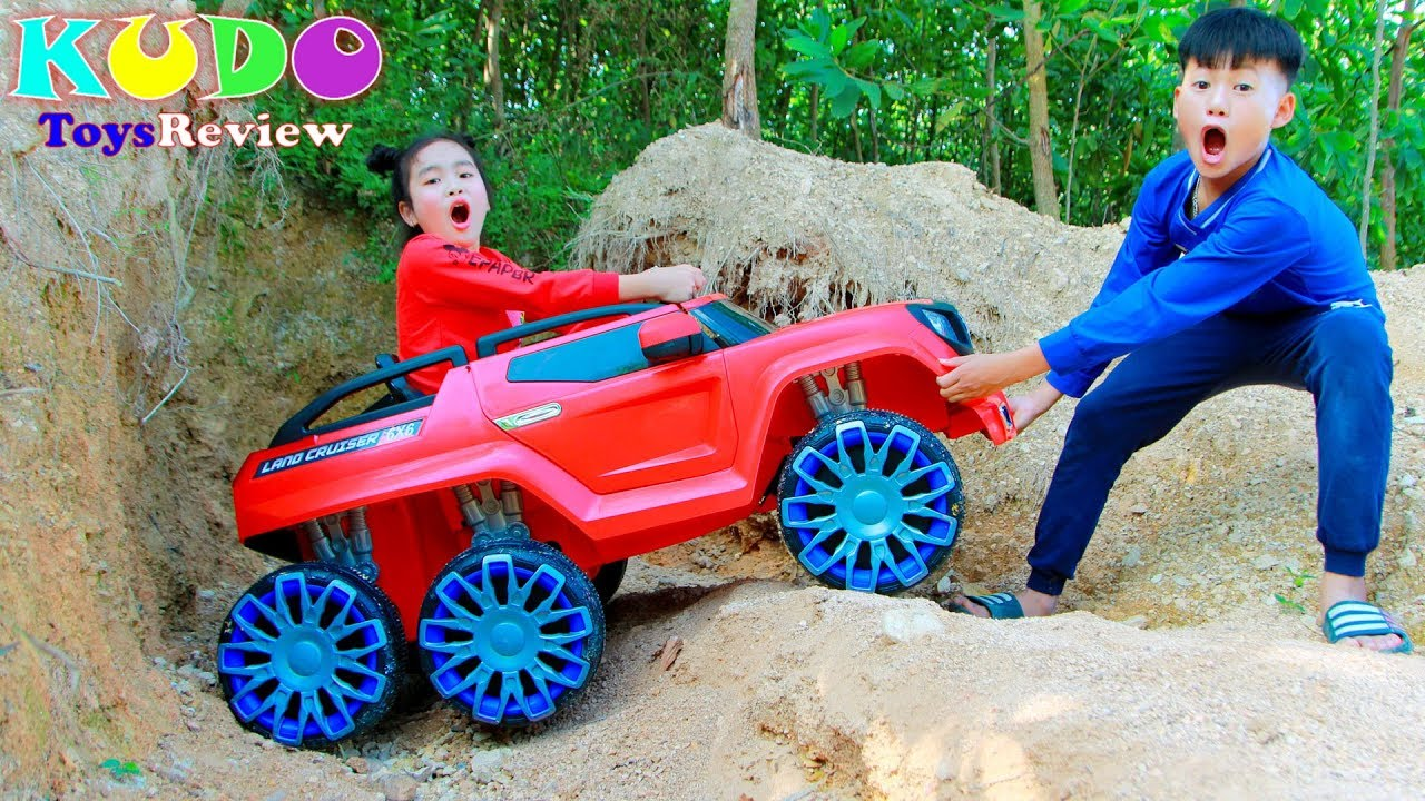 Kudo and Mama Play Rescue Toy Cars Outdoor Playground - Kudo and Mama Play Rescue Toy Cars Outdoor Playground
