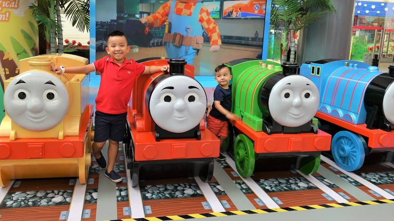 THOMAS The Tank Engine Indoor Theme Park Harold Helicopter Ride On Fun With CKN Toys - THOMAS The Tank Engine Indoor Theme Park Harold Helicopter Ride On Fun With CKN Toys