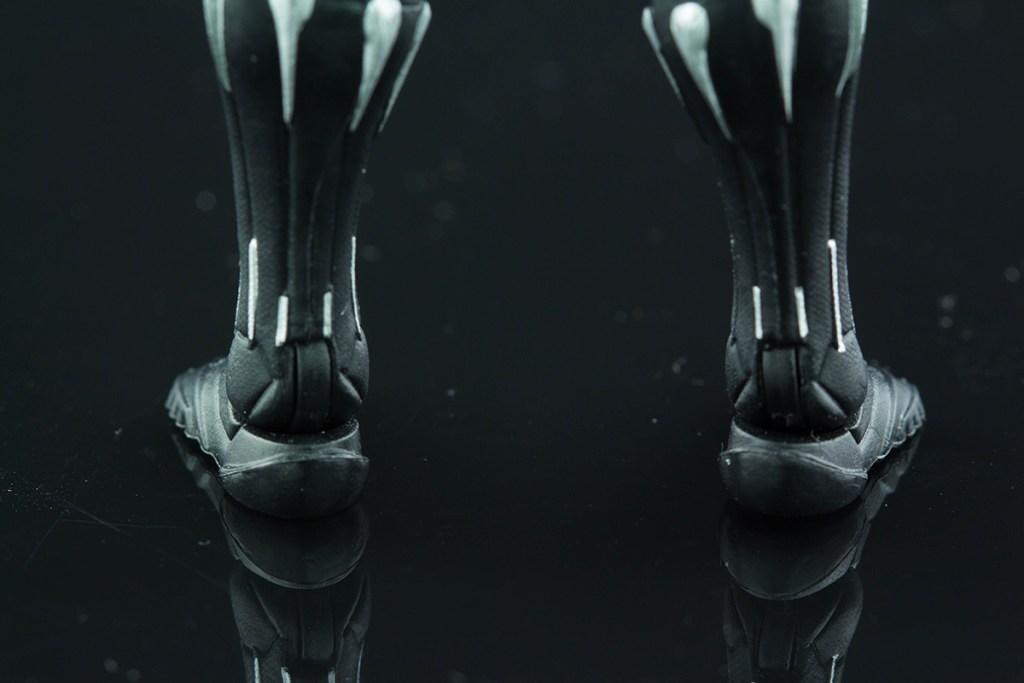 Black Panther feet back