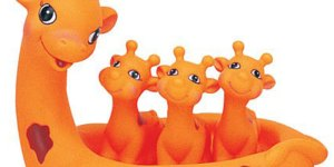 Giraffe-Bath-Toys