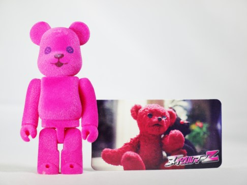 medicom-bearbrick-s27-cute-nuigulumar-z-gothic-lolita-battle-bear-alien-teddy-bear-08