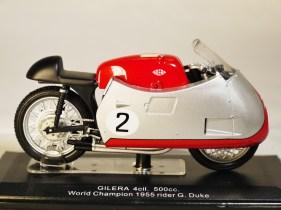 italeri-protar-world_champ_col-gilera-1955-rider_g_duke-1