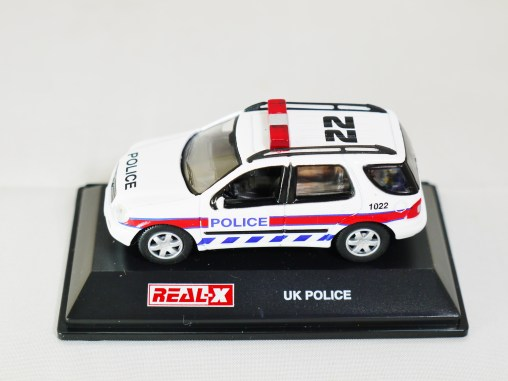 REAL-X COLLECTION 1-72 UK POLICE CAR 508 - Mercedes-Benz M CLASS ML 320 SUV Patrol Car - 01