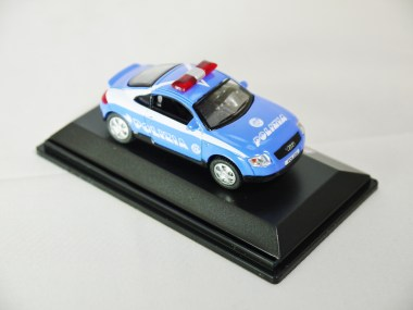 REAL-X COLLECTION 1-72 ITALY POLIZIA CAR 517 - AUDI TT Patrol Car - 04