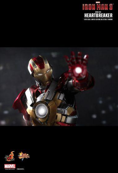 IRON_MAN_3-MARK_XVII-Heart_Breaker-3