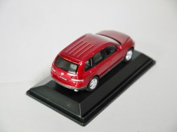 REAL-X COL 1-72 127 VOLKSWAGEN TOUAREG Drk Red 06