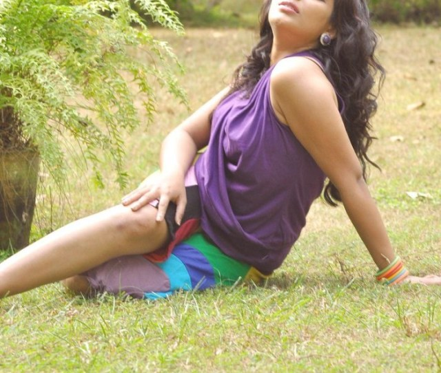 Mythili Malayalam Actress Hot Photo Shoot