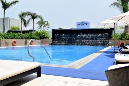 Novotel-Manila-Araneta-Center-Pool