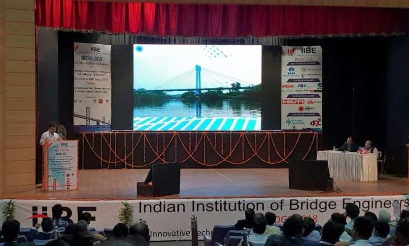Managing Director, Mr. Atul Bhobe speaks on Steel Bridge Design at Lucknow