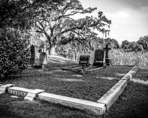 Black And White, Old Cemetery - Click To Enlarge