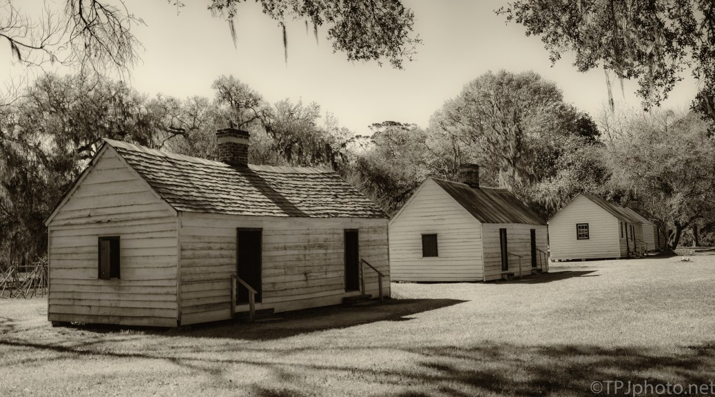 Plantation Cabins, Enslavement