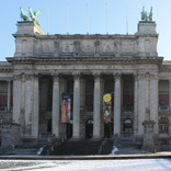 museum_front_C_R_R