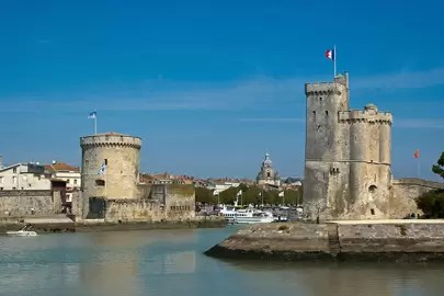 travel guide to la rochelle france