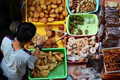 2. Visit the roving night market