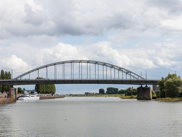 Ein Tag in Arnheim Eusebiuskirk Tagesausflug Städtetrip Europa Holland Niederlande Tipps