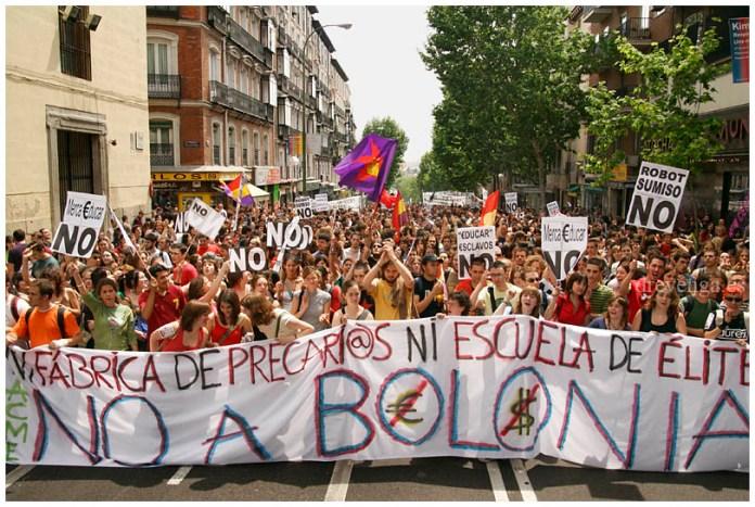 Manifestacion_de_estudiantes_contra_el_plan_bolonia_9_.jpg