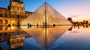 Paris_Louvre_1
