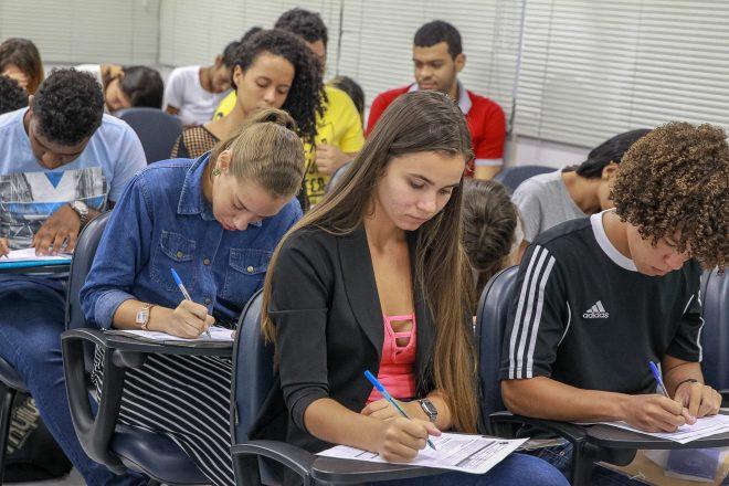 Programa-Jaboatão-Aprendiz-oferece-157-vagas-de-emprego-para-jovens-660×440