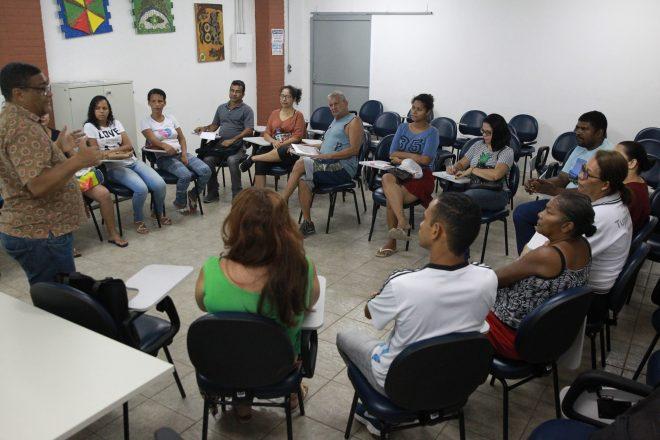 Projeto da Prefeitura do Jaboatão capacita população para mercado da economia solidária
