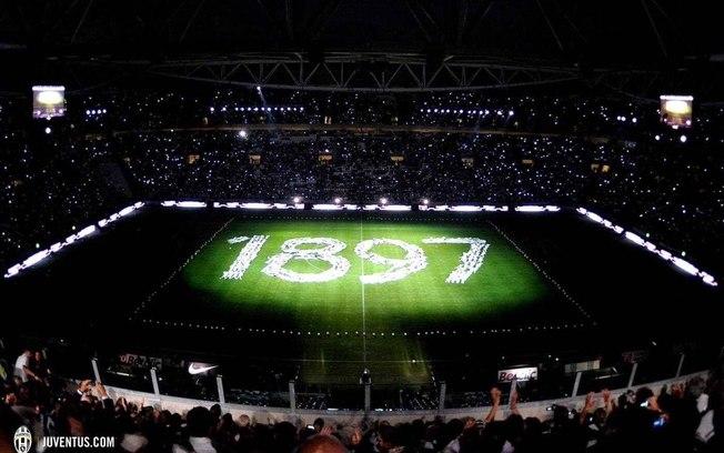 A Juventus completa 120 anos desde sua fundação, em 1º de novembro de 1897