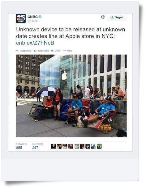pessoas na fila para comprar i-phone - teoria Crítica