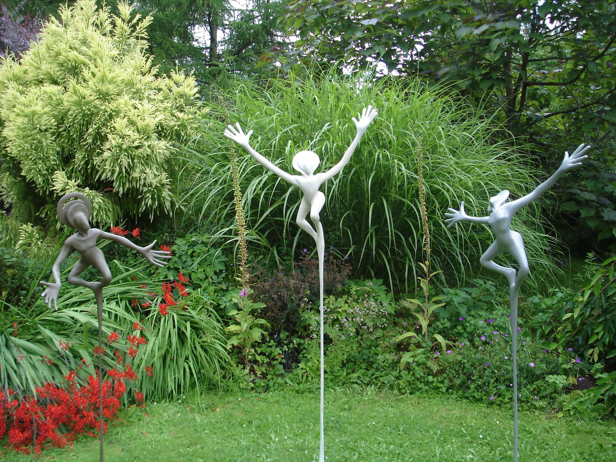 Flying Figures by Faith Bebbington
