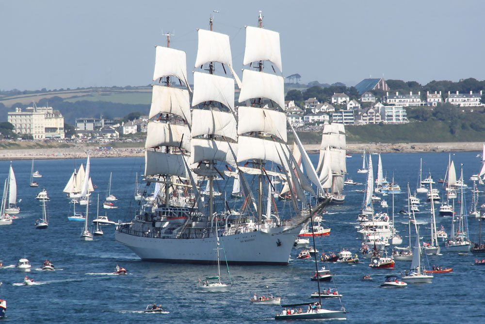 Tall Ship Dar Mlodziezy