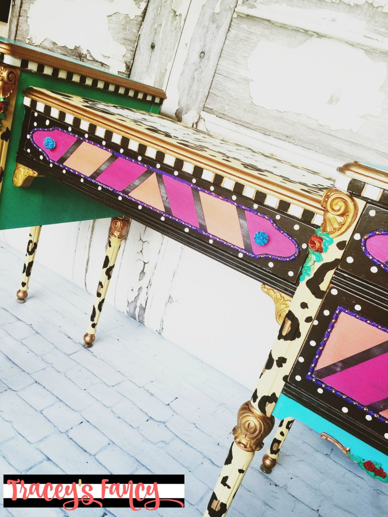 Hello Gorgeous Painted Vanity | Tracey's Fancy