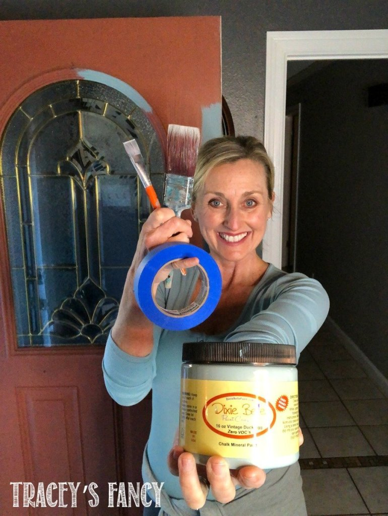 How to paint a front door in one hour with chalk paint | Tracey's Fancy