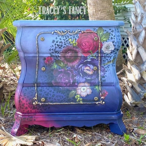 Create Boldly Florida | Traceys Fancy | adding paint, moldings, transfers and wax for a total transformation