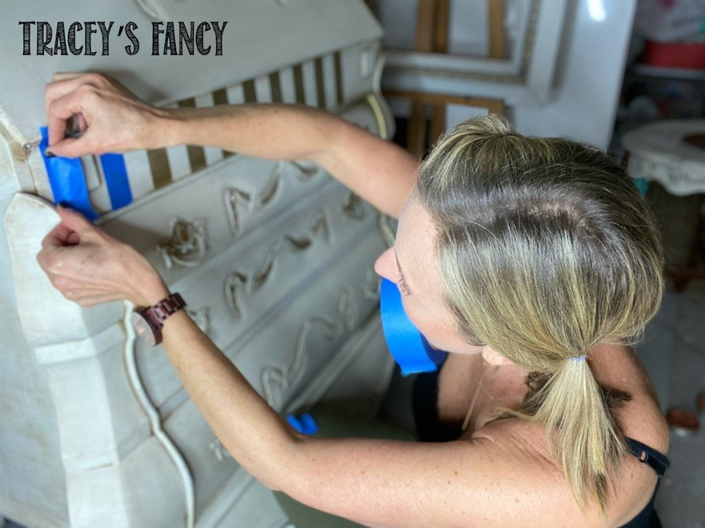 Painting Neutral Whimsical Stripes with Decor Wax  | Tracey's Fancy